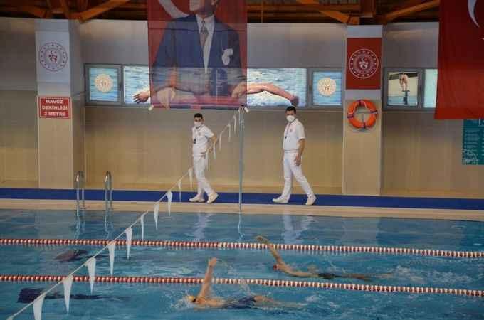 Nazilli'de Türkiye Şampiyonası'na gidecek yüzücüler seçildi
