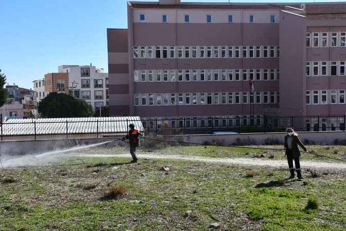 Söke Belediyesi, temizlik çalışmalarını sürdürüyor