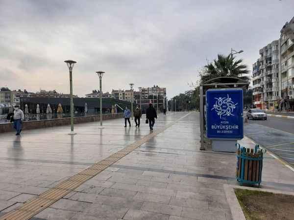 Aydınlılar 91 gün sonra hafta sonu kısıtlamasız sokağa çıktı