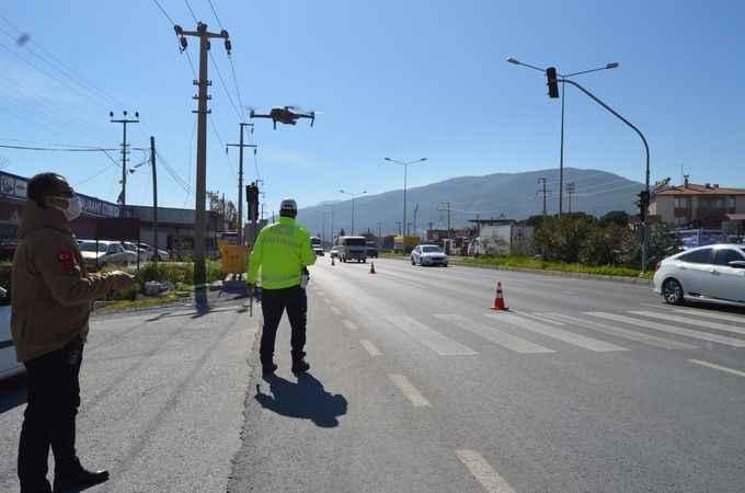 Söke'de drone ile yapılan trafik denetiminde 20 sürücüye ceza kesildi