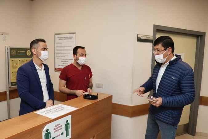 Başkan Özcan, sağlık çalışanlarını unutmadı