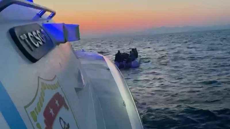 Aydın'da 12 sığınmacı kurtarıldı