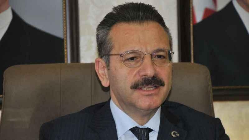 Vali Aksoy, Aydınlılara seslendi