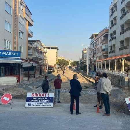 Atabay, Altınkum'daki sokak çalışmalarını inceledi