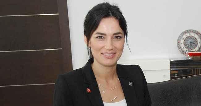 AK Partili Sarıbaş, maaşını esnafa bağışladı