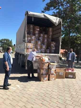 Ünlü firmadan Karacasu SYDV'ye 22 bin parça kıyafet