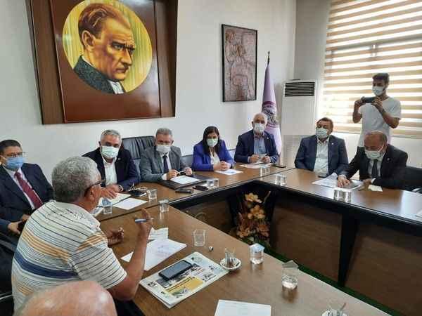 CHP heyeti, Aydın'da esnafı dinledi