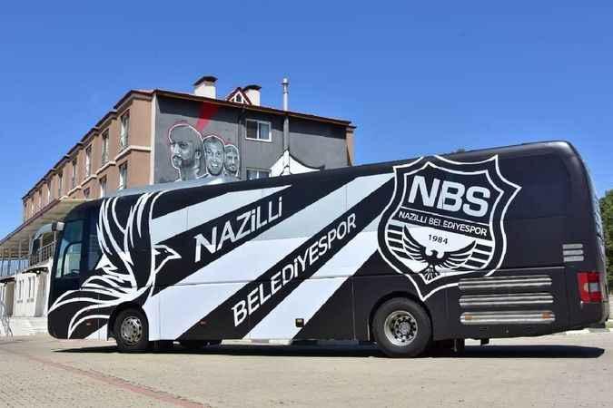 Naz Naz'ın takım otobüsü yenilendi