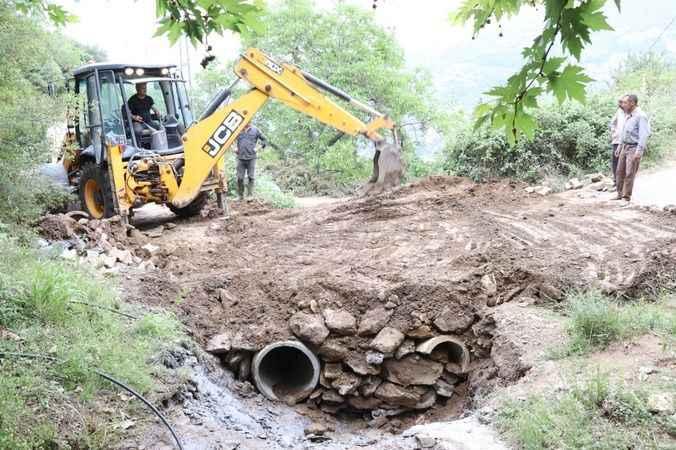 Nazilli Belediyesi, sorunları çözmeye devam ediyor
