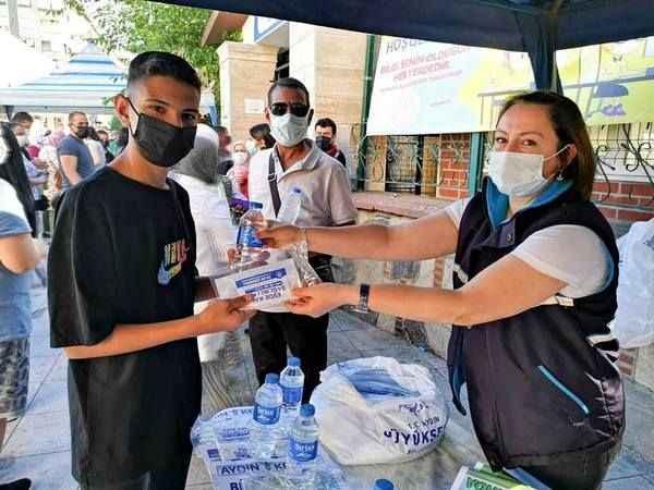 Aydın Büyükşehir Belediyesi'nden öğrencilere destek