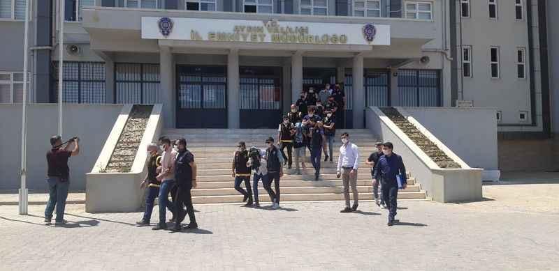 Eskort sitesi çetesine 14 tutuklama