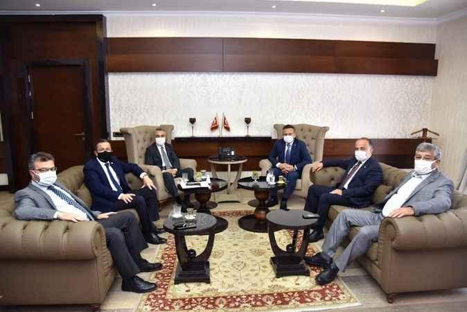 AK Parti heyetinden Vali Aksoy'a ziyaret