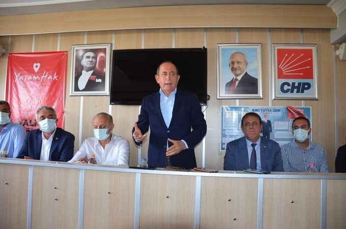 """CHP'li Hamzaçebi; """"Bu pislikleri Didim'in karnından temizleyeceğiz"""""""