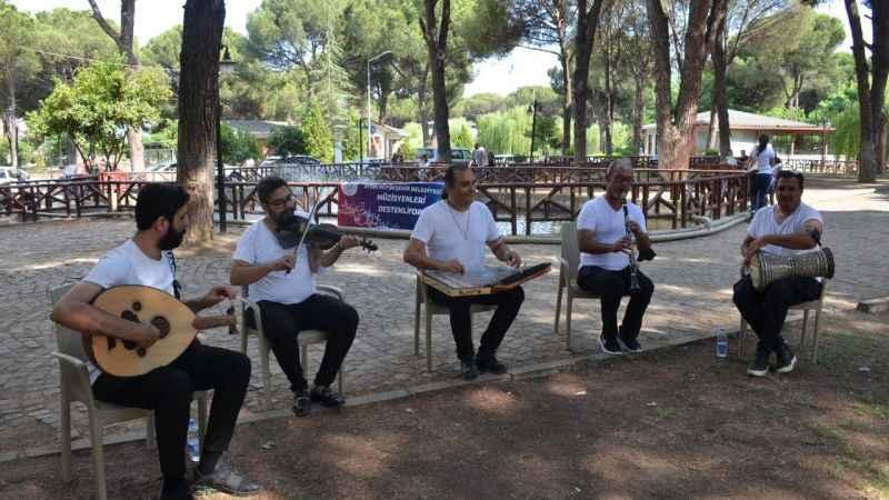 Büyükşehirin müzisyenlere desteği sürüyor