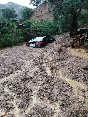 Yağmur felakete neden oldu