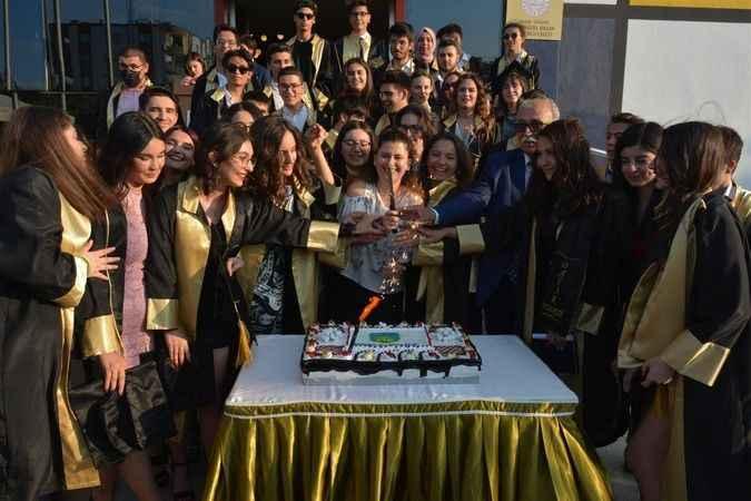 Başak Koleji mezunlarını uğurladı