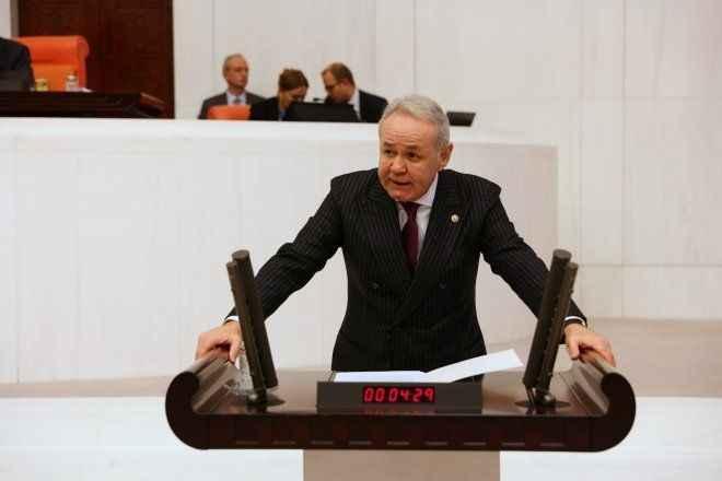 İYİ Partili Sezgin'den Bakan Muş'a esnaf için soru önergesi