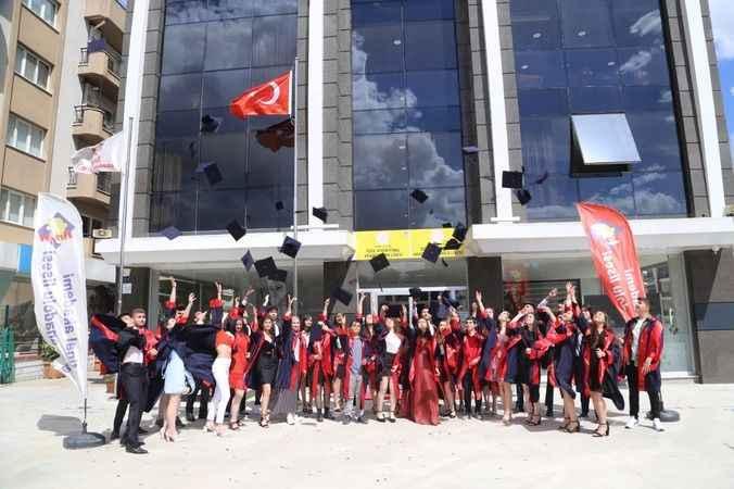 Özel Aydın Final Akademi Fen ve Anadolu Lisesi öğrencileri mezuniyet coşkusu yaşadı