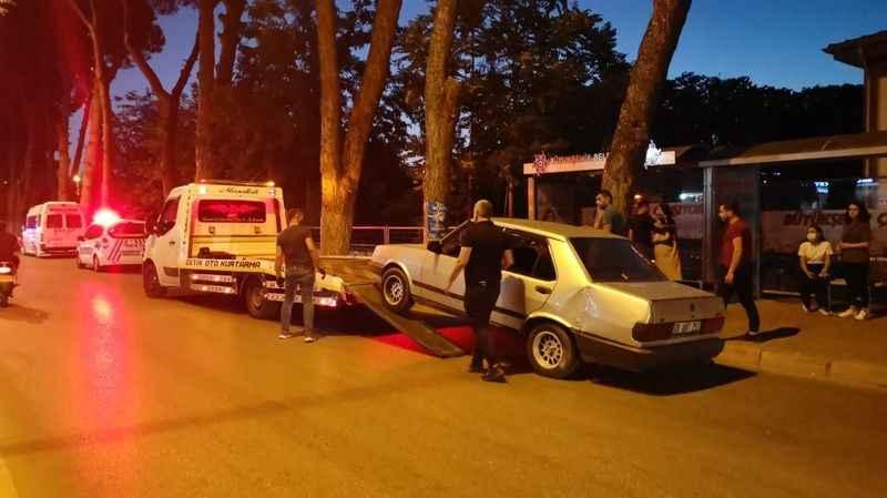 Nazilli'de minibüs ve otomobil çarpıştı