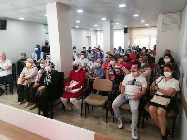 AK Parti Efeler'de 2 mahalleye yeni başkan