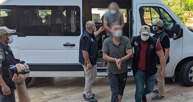 Didim'de villada yakalanan terör örgütü TKİP şüphelisi 4 kişi adliyeye sevk edildi
