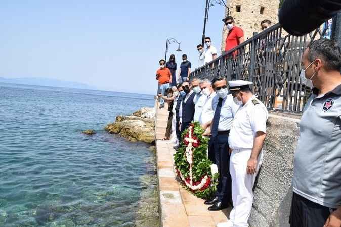 Denizcilik ve Kabotaj Bayramı, Kuşadası'nda düzenlenen törenle kutlandı