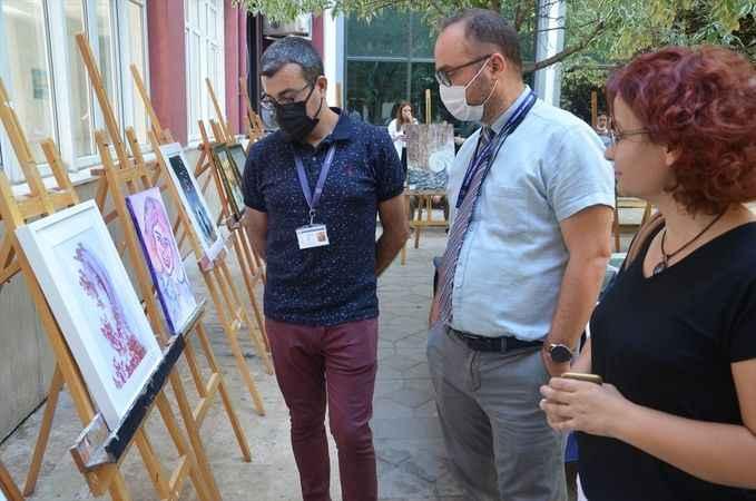 Aydın'da sağlık çalışanlar için anlamlı sergi