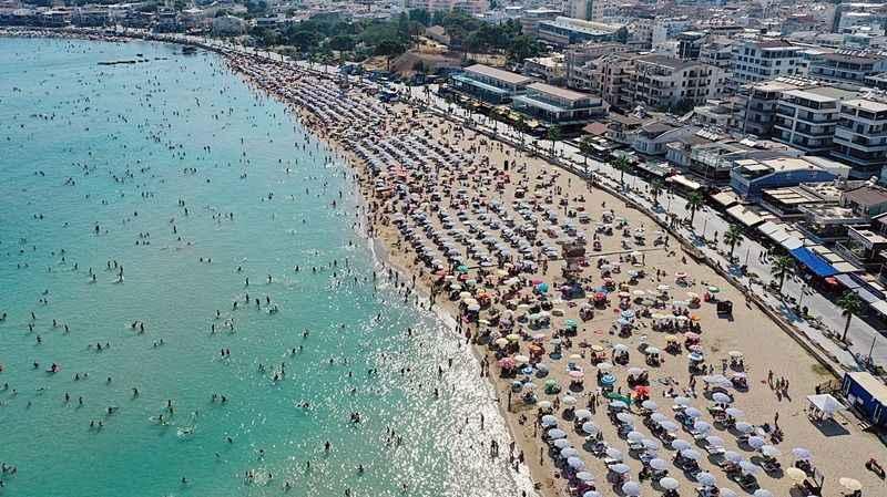 Didim'de bayram tatili yoğunluğu başladı