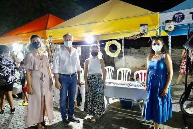 Atabay, takı pazarını gezdi