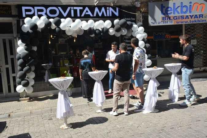 Aydın'da yoğun ilgi gören Provitamin mağazası büyüdü