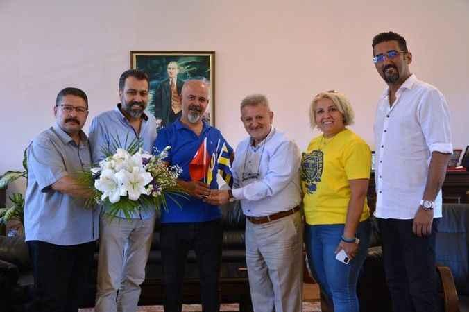Aydınlı Fenerbahçeliler, Başkan Çetindoğan'ı geceye davet etti