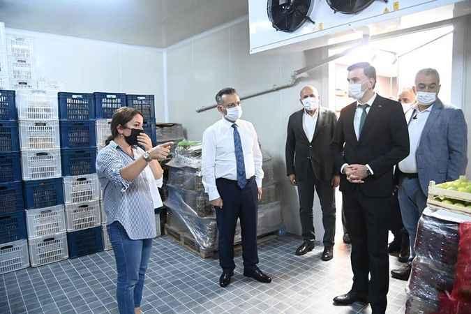 Vali Aksoy, tesisine hayran kaldığı kadın girişimciyi tebrik etti