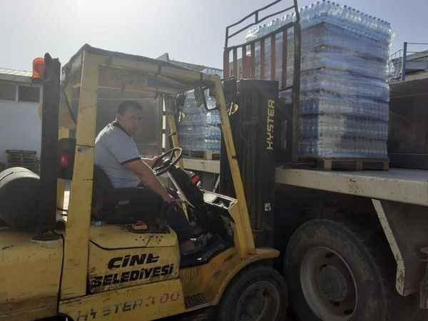 Çine'den Serinhisar'a su yardımı