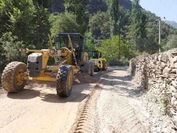 Aydın Büyükşehir Belediyesi çalışıyor yollar yenileniyor