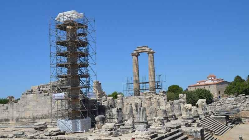 Apollon Tapınağı'nın simgeleri restore ediliyor