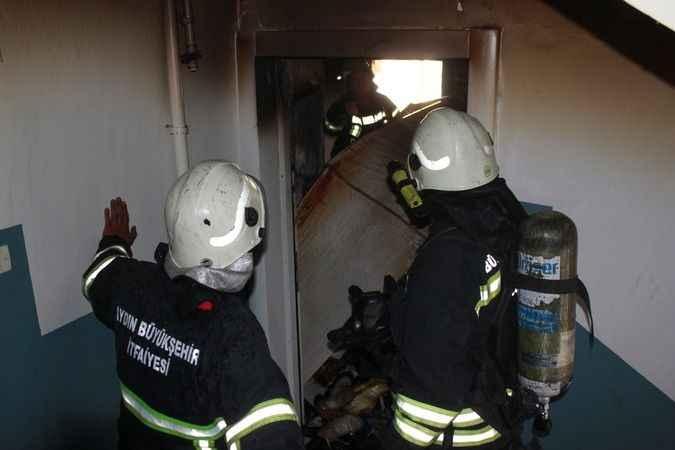 Aydın'da ev yangını