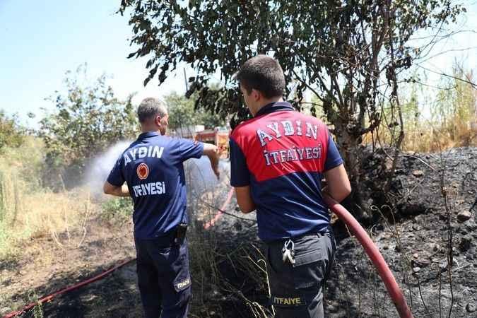 Büyükşehir itfaiyesi'nden İmamköy'deki yangına hızlı müdahale