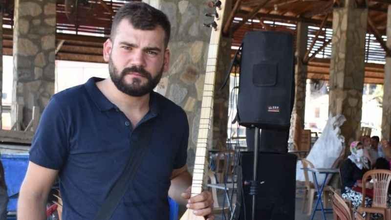 Müzisyen Ozancan Demir: 'Ekmeğimizle oynamayın'