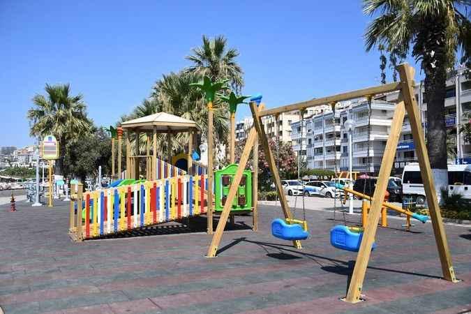 Kuşadası'nın bu parklarında çocuklara engel yok