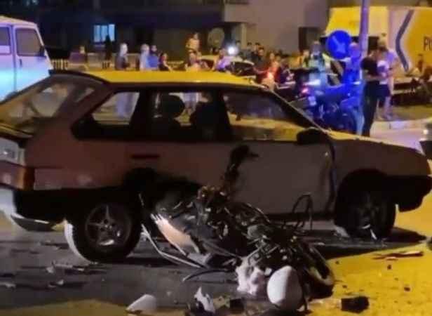 Kazada yaralanan baba ve oğlu yaşam mücadelesi veriyor