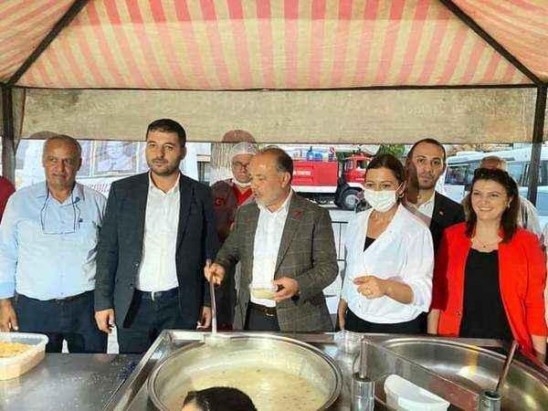 AK Parti İncirliova'dan merhum belediye başkanlarına vefa