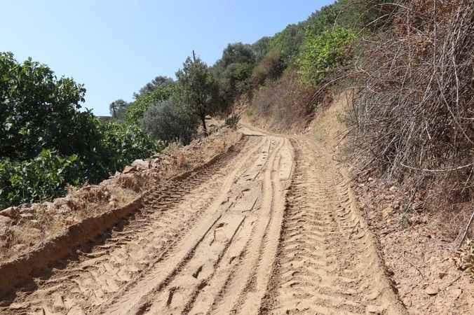 Nazilli Belediyesi Bağcıllı'da selin yaralarını sarıyor