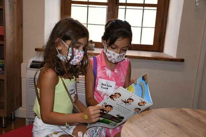 Kuşadası SEYAKMER çocuklara kitap sevgisi kazandırıyor