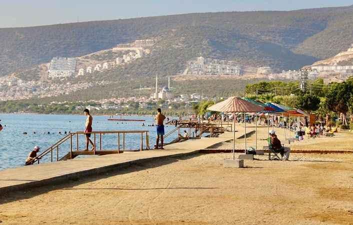 Didim Belediyesi, Akbük'teki plajı modern hale getirdi