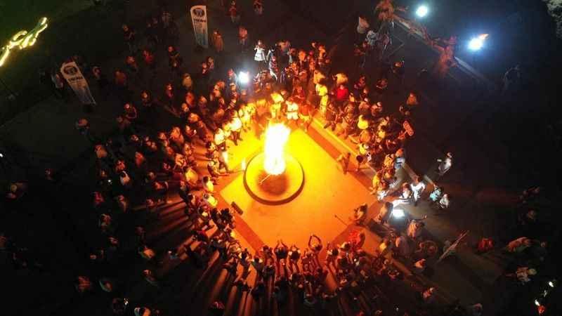 Dünya Barış Gününde Didim'de barış meşalesi yakıldı
