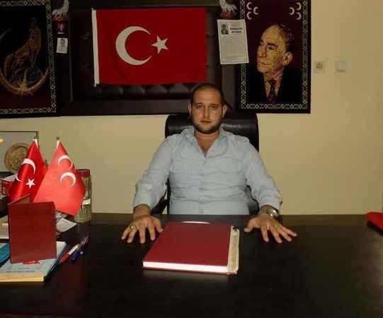Karacasu'da 'Emrah Karcılı neden geri döndü?' polemiği