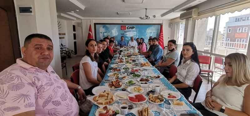 CHP basın mensuplarıyla bir araya geldi