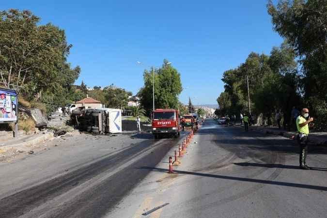 Aydın'da kamyon ile hafif ticari araç çarpıştı: 1 ölü, 1 yaralı