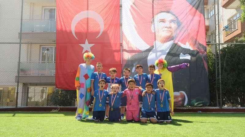Yıldızspor'dan öğrencilere yaza veda şenliği
