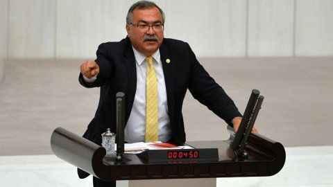 """CHP'li Bülbül'den AK Parti'ye çağrı: """"Şirketlerin değil Aydın'ın vekili olun"""""""